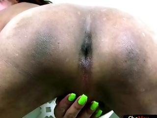 Close Up: 124 Videos