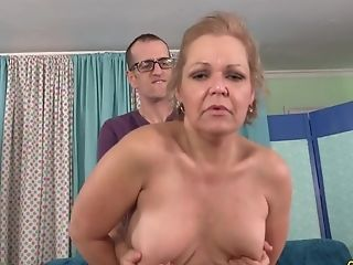 Blowjob, Doggystyle, GILF, Hardcore, Juicy, Kelly Leigh, Mature, Skinny,