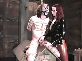 Bdsm, Claire Adams, Dominante, Madura, Dor, Riley Shy,