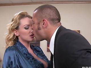 анальный секс, большие сиськи, Blake Rose, блондинки, британки, в высоком разрешении, мамочка, в офисе, чулки,