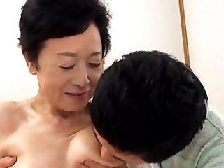 Anziano, Giapponesi,